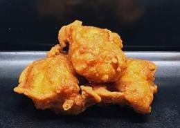 2 stuks gefrituurde kip